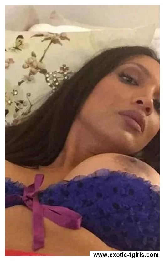 Tessa22 (35 jaar) uit Breda