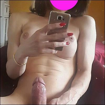 ElizaY (32 jaar) uit Gent